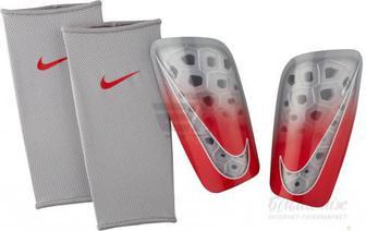 Щитки футбольні Nike NK MERC LT GRD SP2120-012 р. XS сірий
