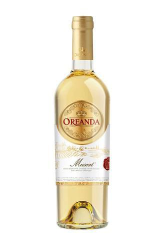 Вино біле напівсолодке Muscat або червоне сухе Cabernet Oreanda 0,75 л