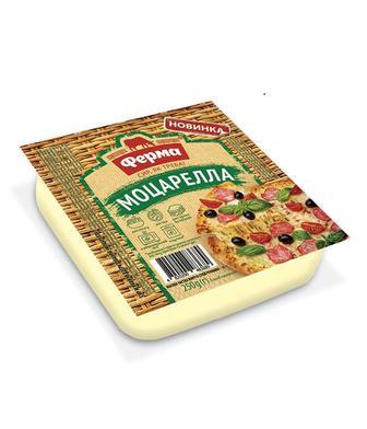 Сир м'який 45% Сулугуні або Моцарелла Ферма 250г